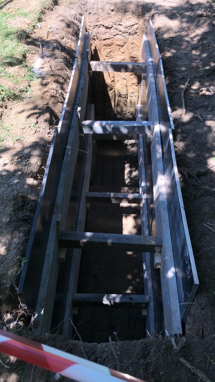 Sonder-Trainings-Anlage Baugrube
